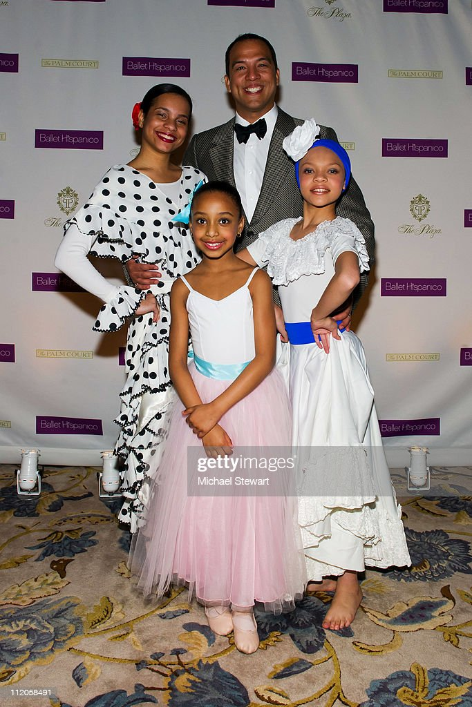 Ballet Hispanico artistic director Edwardo Vilaro with dancers Giarra Harris, Abigail Cedano and Angela Paulino attend the Ballet Hispanico 40th Anniversary Spring Gala at Manhattan Center Grand Ballroom on April 12, 2011 in New York City.