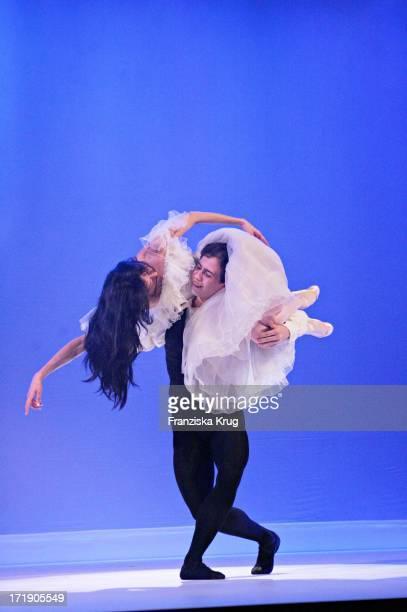 Balletttänzer Bei Der Benefizgala Das Herz Im Zentrum Im Börsensaal Der Handelskammer Am 060605