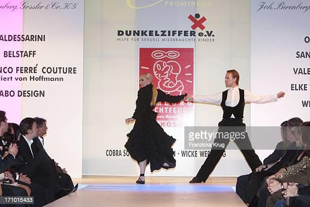 BallettTänzer Bei Event Prominent Am 181107 Im Empire Riverside Hotel In Hamburg