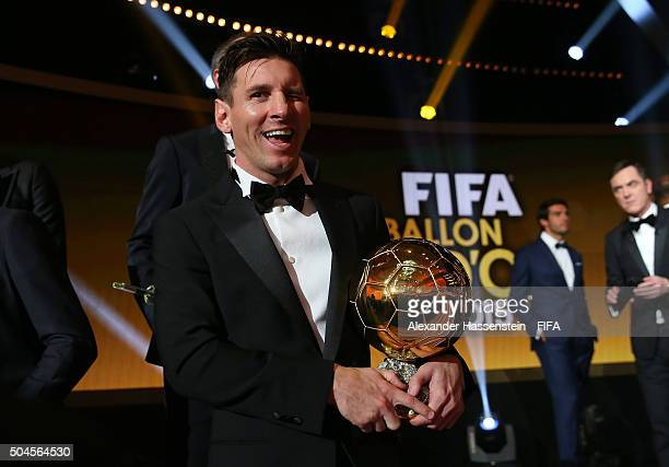 Ballon d'Or winner Lionel Messi of Argentina and Barcelona poses with his award after the FIFA Ballon d'Or Gala 2015 at the Kongresshaus on January...