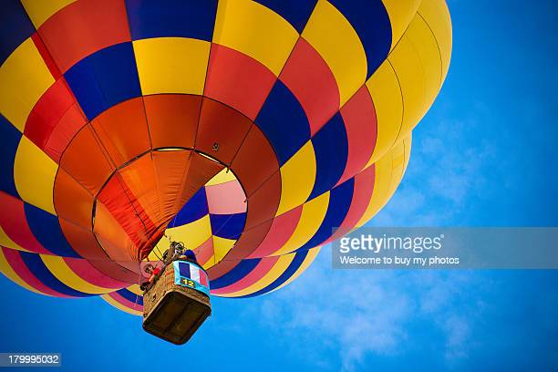 balloon - hot air balloon stock pictures, royalty-free photos & images