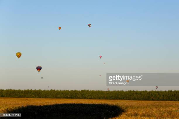 Balloon seen in the sky The Aeronautics championship takes place in the Nizhny Novgorod region 14 teams from Russia and Germany participate in the...