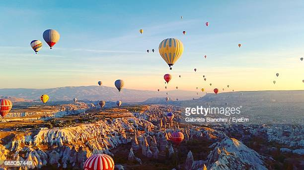 ballooning festival at cappadocia during sunrise - balloon ride stock pictures, royalty-free photos & images