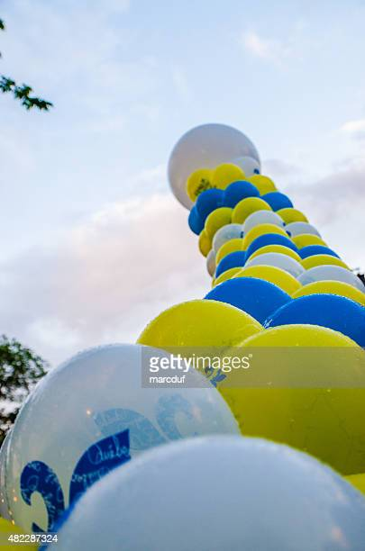 balloons celabrating quebec day - canadians celebrate national day of independence stock pictures, royalty-free photos & images