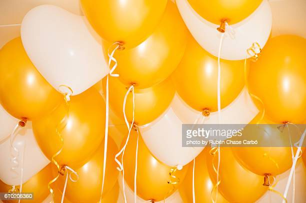 balloons on the ceiling picture