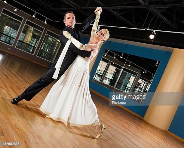 ボールルームダンスカップル