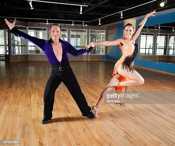 Salle de bal, danse de Couple