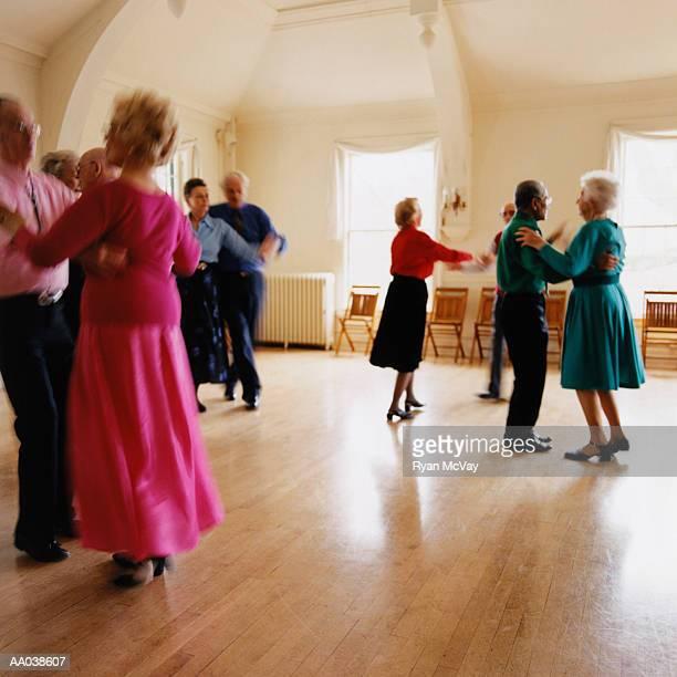 ballroom dancing - ballroom dancing stock pictures, royalty-free photos & images