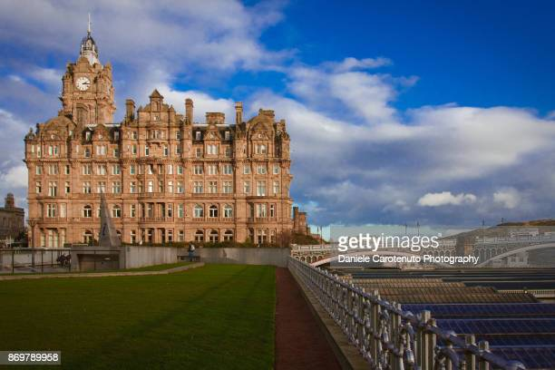 balmoral blue sky - daniele carotenuto stock pictures, royalty-free photos & images