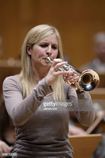 Balsom Alison Musician Trumpeter UK performing in Cologne Germany Philharmonie