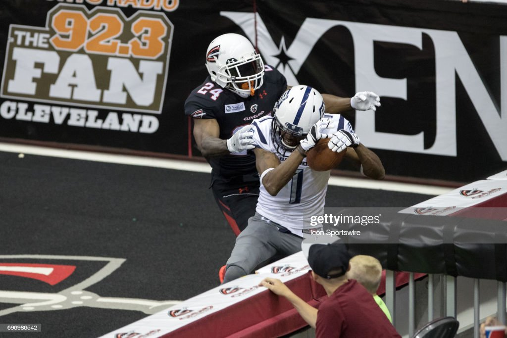 ARENA FOOTBALL: JUN 16 Baltimore Brigade at Cleveland Gladiators : News Photo