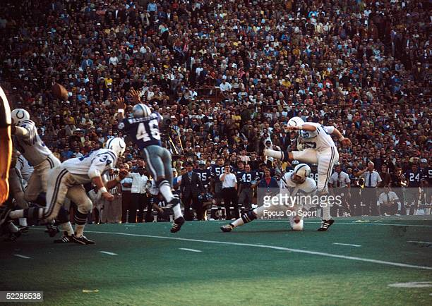 Baltimore Colts' kicker Jim O'Brien kicks the game winning field goal against the Dallas Cowboys during Super Bowl V at the Orange Bowl on January 17...