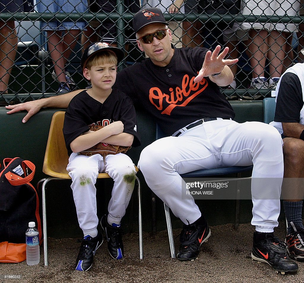 Baltimore Orioles' third baseman Cal Ripken Jr. si : News Photo