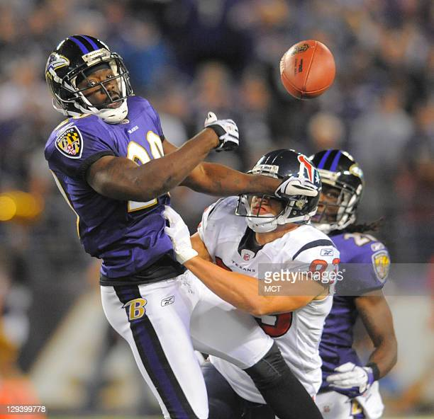 Baltimore Ravens free safety Ed Reed bats a pass away intended for Houston Texans wide receiver Kevin Walter during the second half of their game on...