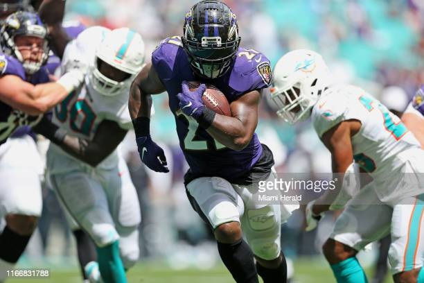 Baltimore Ravens running back Mark Ingram II runs for a touchdown during the second quarter against the Miami Dolphins on Sunday, Sept. 8, 2019 at...