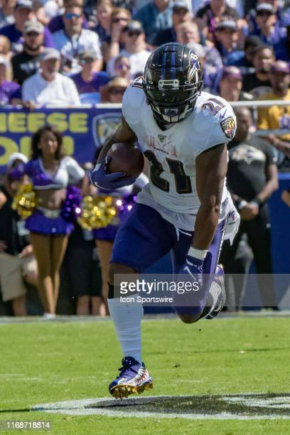Baltimore Ravens running back Mark Ingram in action during the National Football League game between the Arizona Cardinals and Baltimore Ravens on...