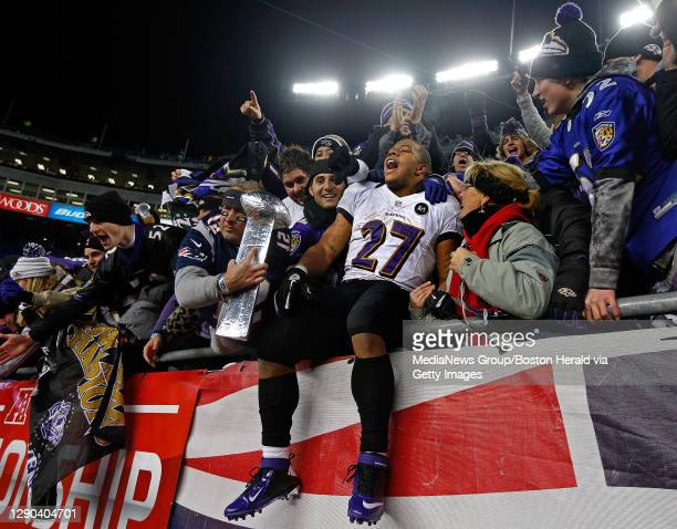 Baltimore Ravens running back Ray Rice celebrates with fans after a 28-13 AFC Championship win over the New England Patriots at Gillette Stadium in...