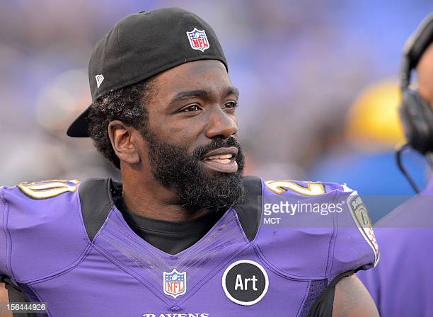 Baltimore Ravens safety Ed Reed watches from the sidelines late in the second half against Oakland after leaving the game with a shoulder stinger in...