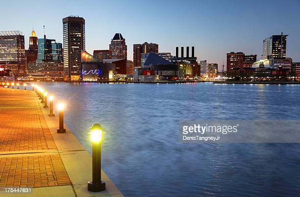 baltimore's inner harbor - baltimore maryland - fotografias e filmes do acervo