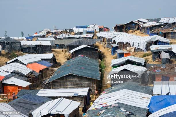 vluchtelingenkamp balukhali voor rohingyas in bangladesh - bangladesh stockfoto's en -beelden