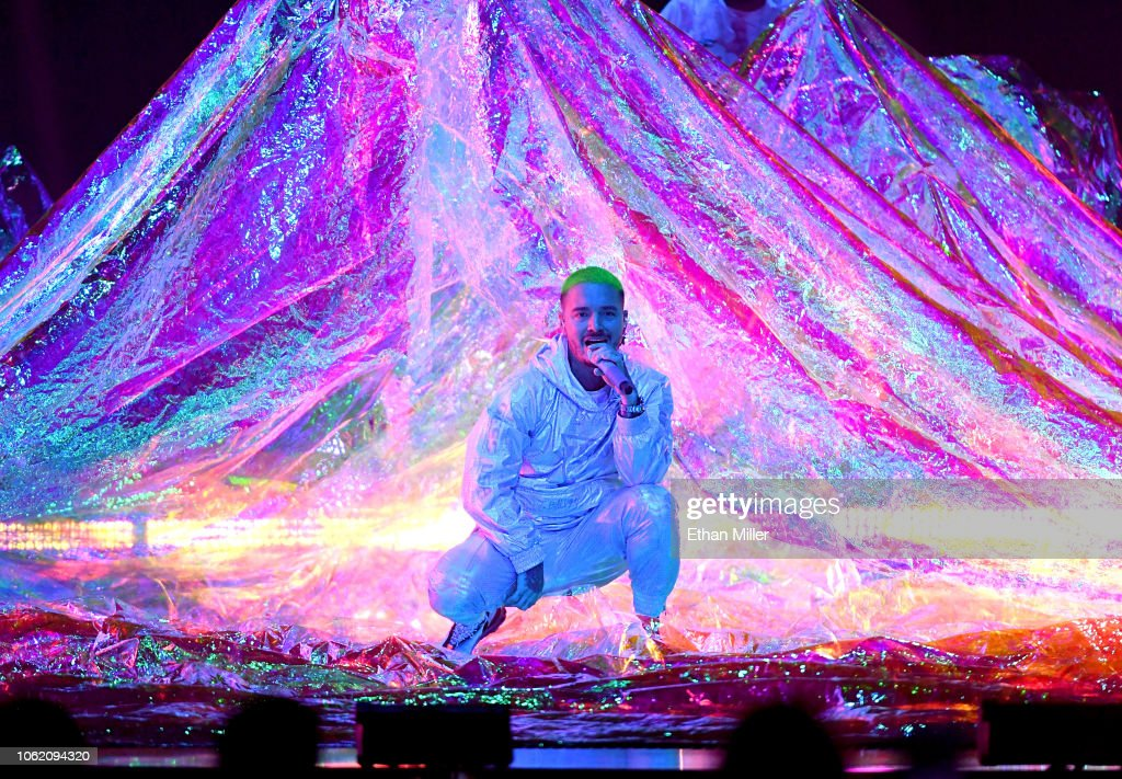 The 19th Annual Latin GRAMMY Awards  - Show : News Photo