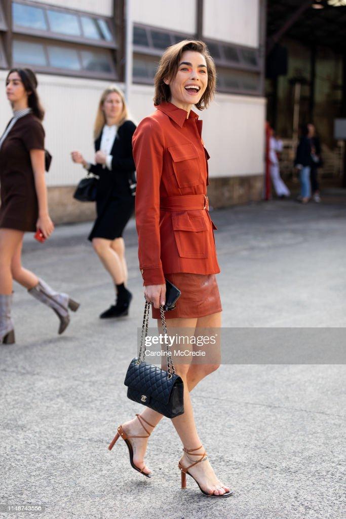 Street Style - Mercedes-Benz Fashion Week Australia 2019 : News Photo