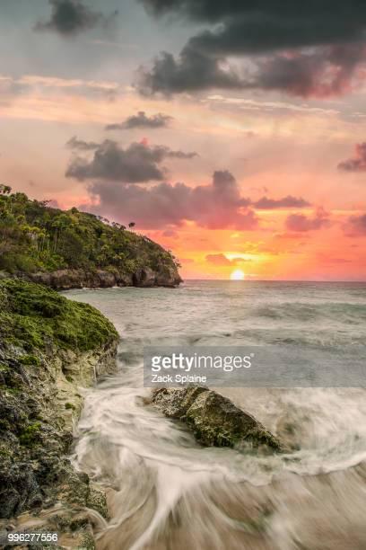 bamboo beach - paisajes de jamaica fotografías e imágenes de stock