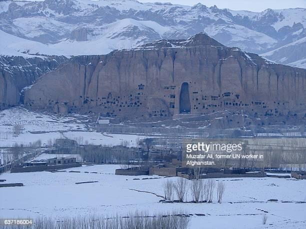 bamyan buddhas - bamiyan stock pictures, royalty-free photos & images