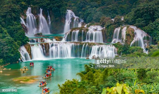 ban gioc - detian waterfall - sapa stock pictures, royalty-free photos & images