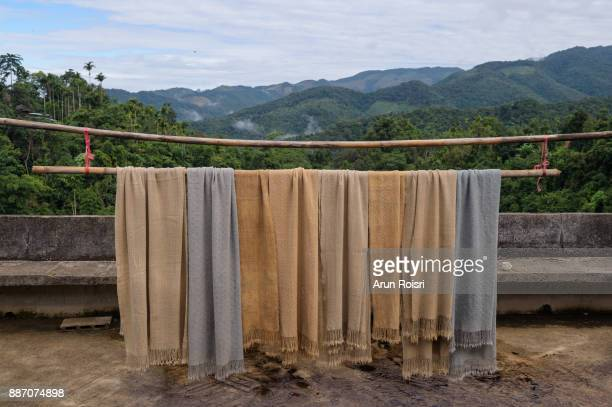 Ban Huay Hom - Mae Hong Son - Process of wool weaving, dyeing textile materials used in making dye nature of ancient Thailand