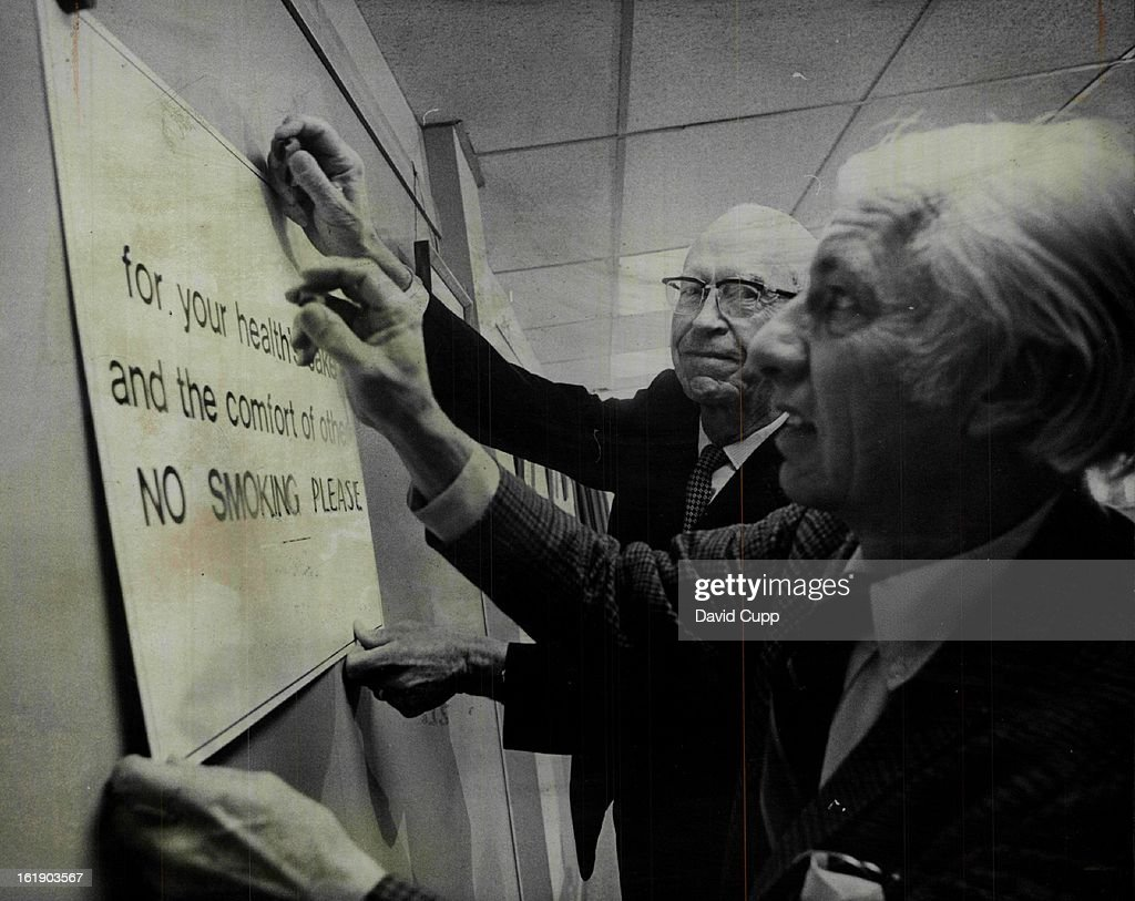 JAN 10 1972, JAN 11 1972; Ban on Smoking Begun at State Health Department Headquarters.; Dr. Roy Cle : News Photo