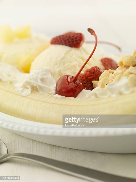 バナナのスプリット - バナナスプリット ストックフォトと画像