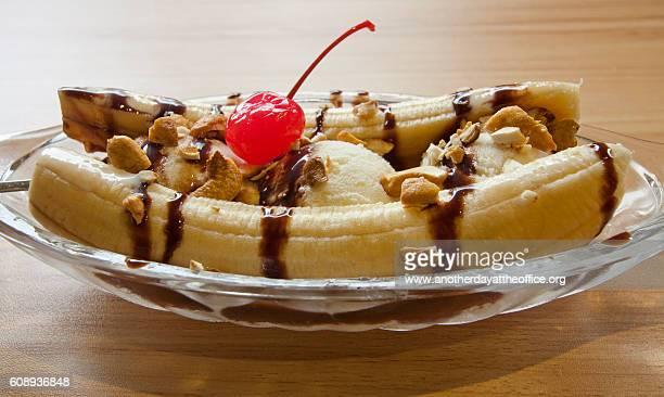 banana split - バナナスプリット ストックフォトと画像