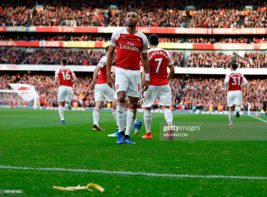 TOPSHOT-FBL-ENG-PR-ARSENAL-TOTTENHAM : News Photo