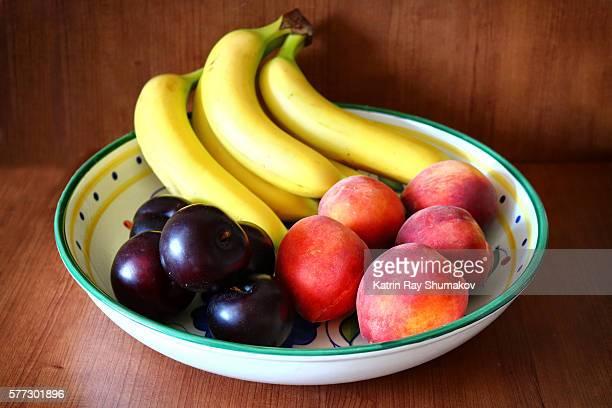 Banana-Peachy Bowl of Fruits