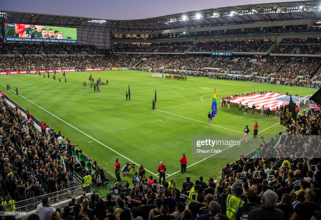 MLS Soccer - Los Angeles FC v Los Angeles Galaxy : News Photo