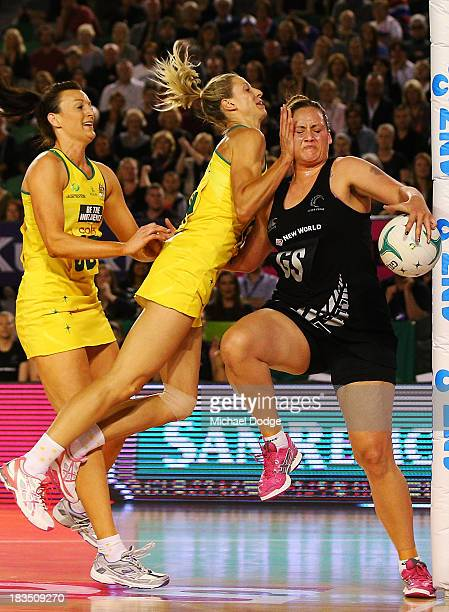 Bancia Chatfield and Laura Geitz of the Diamonds contest for the ball against Catherine Latu of the Ferns during the Constellation Cup match between...