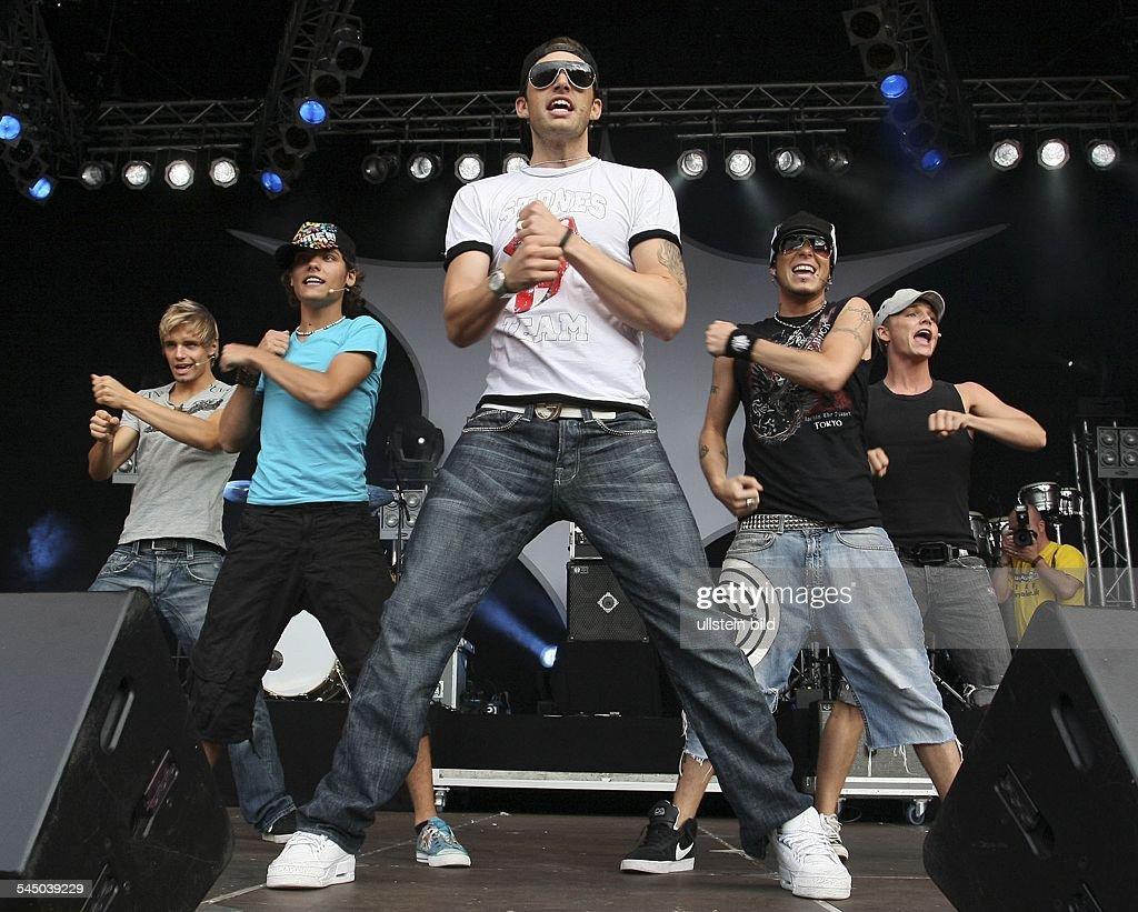 US5 - Band, Boygroup, Pop music, USA/int. - performing in Saarbruecken, Germany : Nachrichtenfoto