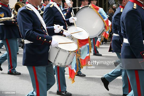 band drummers - parade stock pictures, royalty-free photos & images