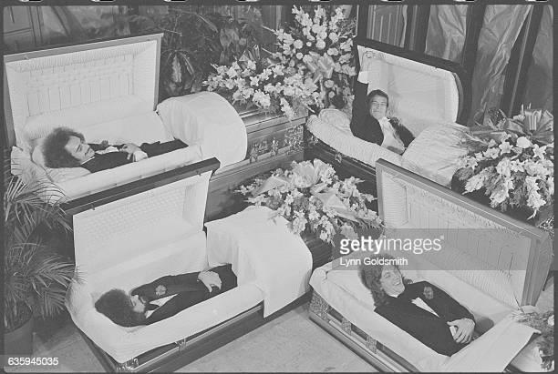 Band Grand Funk Railroad in Coffins