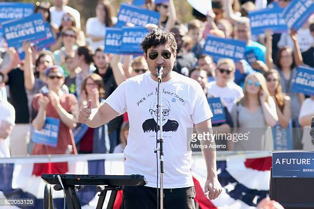 Band member of Grizzly Bear Ed Droste performs during 'A Future To Believe In' GOTV rally concert at Prospect Park on April 17 2016 in New York City
