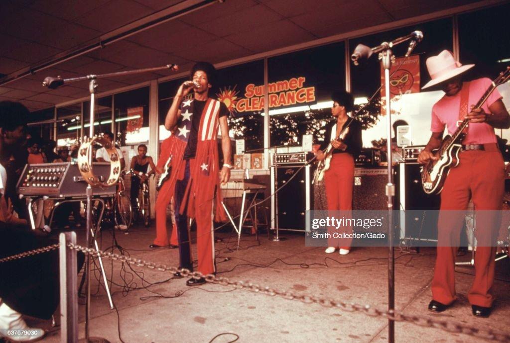 Chicago Band : News Photo