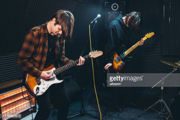 band rehearsal - guitarist stock pictures, royalty-free photos & images