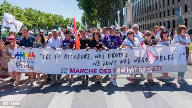 Banderole 'Marche des fiertés LGBT' lors de la 22ème édition de la Gaypride qui a rassemblé 15 000 personnes dans les rues de Lyon le 17 juin 2017...