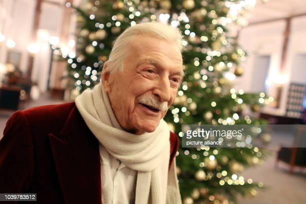 Bandleader James Last poses at a press meeting in the Atlantik Hotel in HamburgGermany 04 December 2014 Last is planning a new concert tour for the...