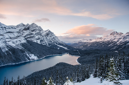 Banff National Park at sunset in winter - gettyimageskorea