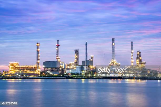 bangchak oil refinery at dawn, bangkok, thailand - gas refinery stock photos and pictures