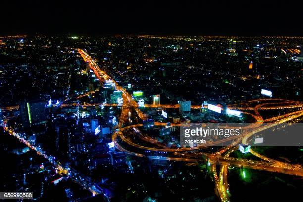 Vista aérea de Bangkok por la noche