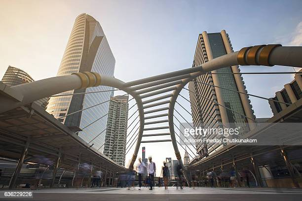 bangkok business district - emerging markets stock photos and pictures