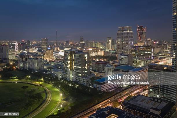bangkok city after sunset and night light - ラチャプラソン ストックフォトと画像